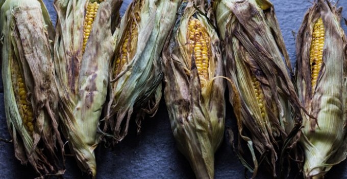 Spicy Garlic Grilled Corn on the Cob