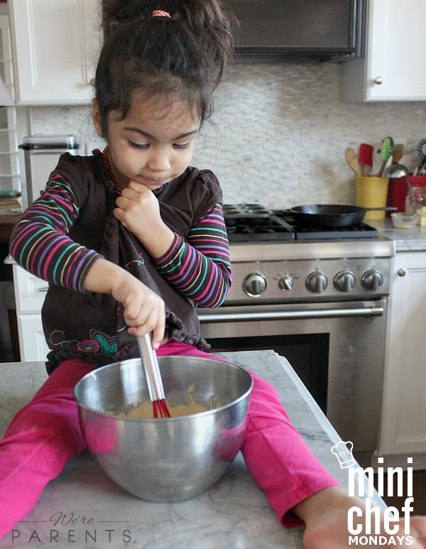 mini chef mondays pineapple upside down cupcakes