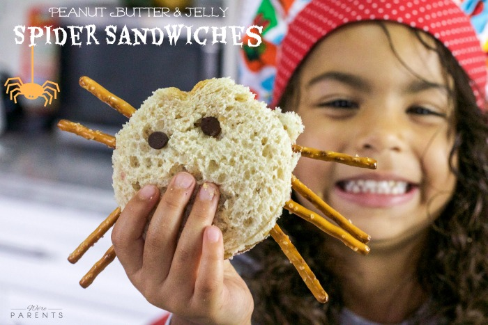 peanut-butter-and-jelly-spider-sandwiches