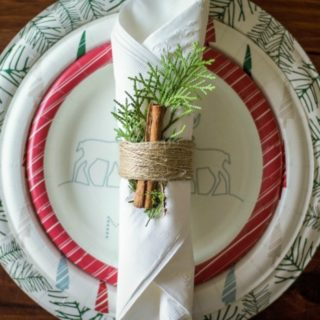 finished-holiday-tablescape-napkin-tutorial-2410