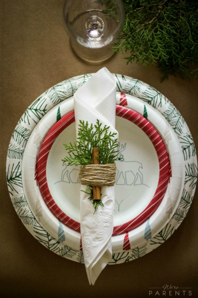 inspiring-holiday-tablescape-napkin-tutorial