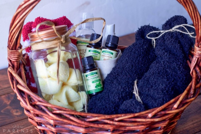 diy-essential-oil-hostess-gift-basket-idea & DIY Essential Oil Hostess Gift Basket - Weu0027re Parents