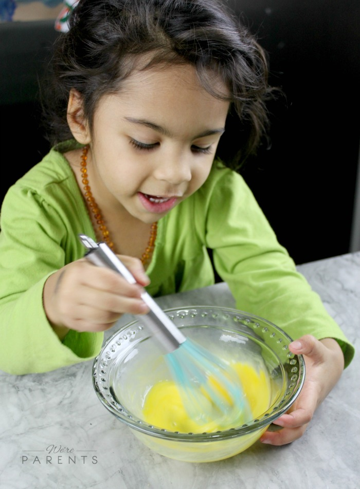 the-seasoned-kids-whisking-lesson