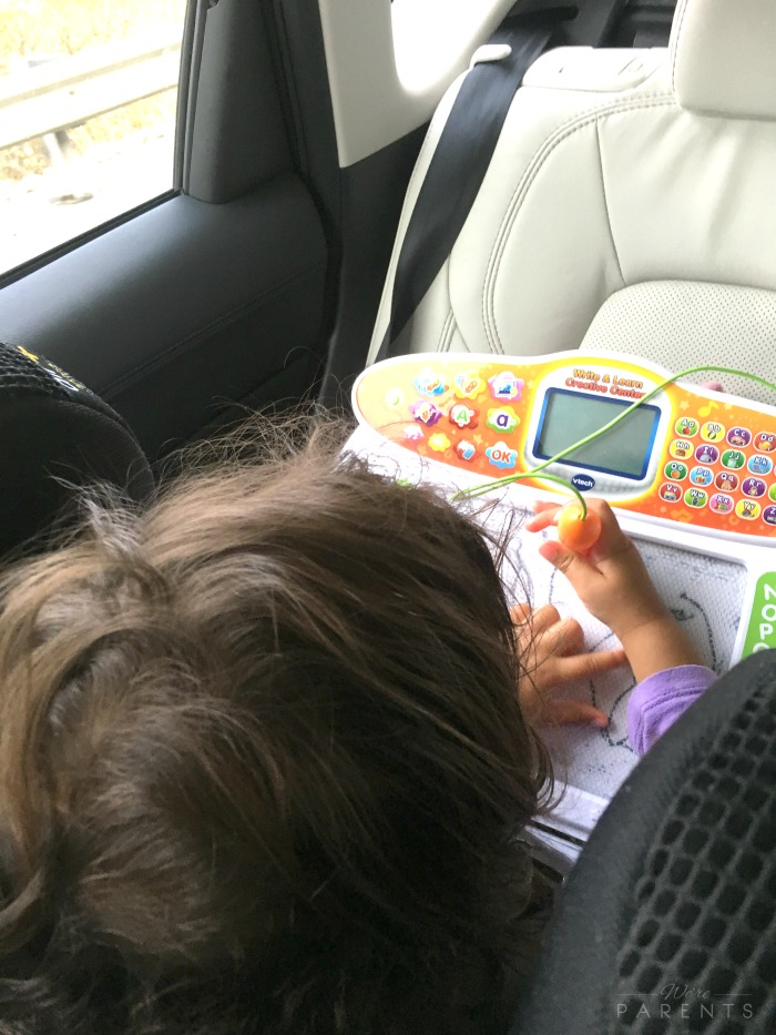ways to keep toddlers busy on long car rides