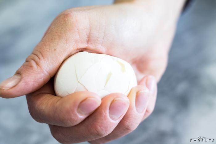tips for peeling hardboiled eggs
